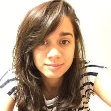โพรไฟล์ผู้ใช้ Alejandra Daniela