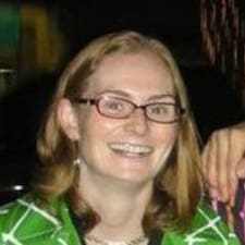 Profil Pengguna Mary Laura