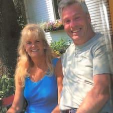 โพรไฟล์ผู้ใช้ Tim And Mary Sue