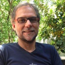 Justo Manuel felhasználói profilja