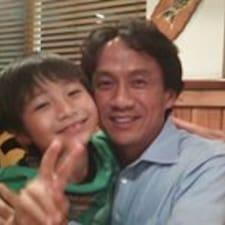 Takehiko is a superhost.