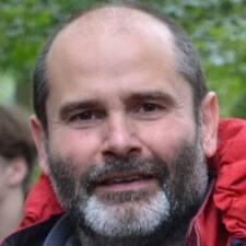โพรไฟล์ผู้ใช้ Christophe