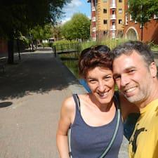Roberta E Raffaele to Superhost.