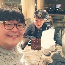 โพรไฟล์ผู้ใช้ Jin Hwan