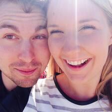 Profilo utente di Caroline&Brandon