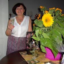 Marija ist der Gastgeber.