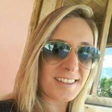โพรไฟล์ผู้ใช้ Carolina Kruger