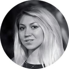 Profil Pengguna Olena