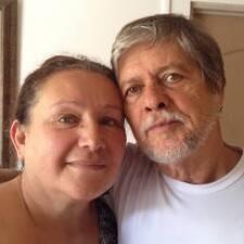 Isidro & Elizabeth je domaćin.