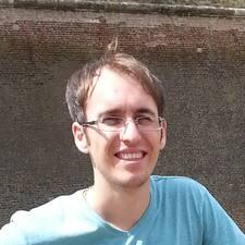 Profil Pengguna Claudiu