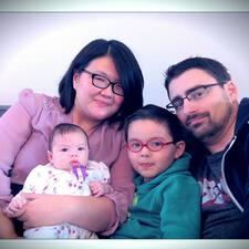 โพรไฟล์ผู้ใช้ Richard, Ina, Christopher & Emmalin