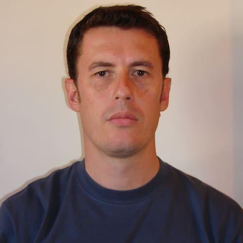 Andrés Rubén