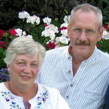 Profil Pengguna Gerald & Heather