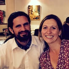 โพรไฟล์ผู้ใช้ Agnès Y Miguel