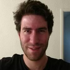 Profil Pengguna Hyacinthe