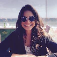Manuella Ferreira User Profile