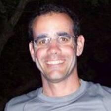 Benoit felhasználói profilja