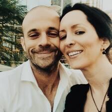 โพรไฟล์ผู้ใช้ Brent & Christina