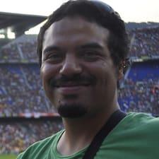 Profil Pengguna Luis E.