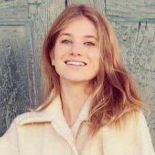 Chloé User Profile