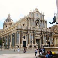 Le Case Del Duomo je domaćin.