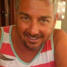 Antonio Y Elisa User Profile