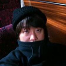 지우 felhasználói profilja