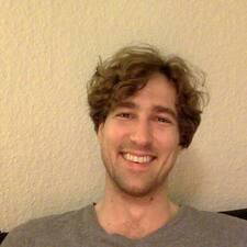 Vojtech Ernst felhasználói profilja
