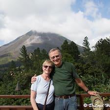 Profil Pengguna DeLoyd And Susan
