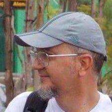 Profilo utente di Carlos Edward