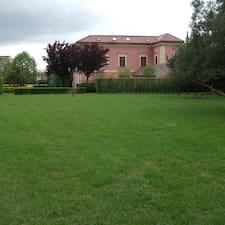 Villa Marcello Srl je domaćin.