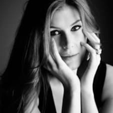 Madelène User Profile