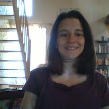 Hilda Et Buster User Profile