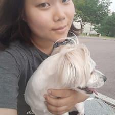 Sooryeng es el anfitrión.