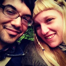 Benjamin & Joanna Kullanıcı Profili