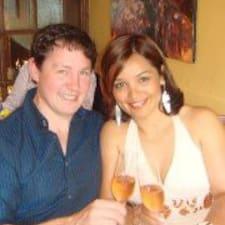 Elaine & David felhasználói profilja