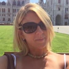 Lyndsi User Profile