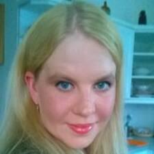 Henna User Profile