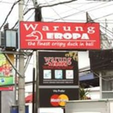 Warung is the host.