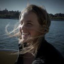 Nina Bohm User Profile