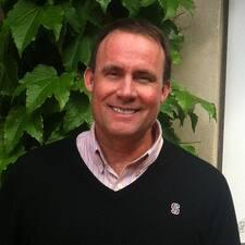 Profil korisnika Charles Alden