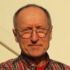 Henkilön Pino H. käyttäjäprofiili