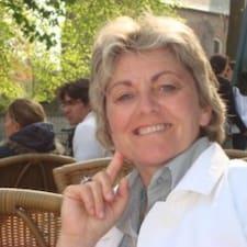 Michèle es el anfitrión.