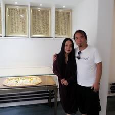 Xiaoming ist der Gastgeber.