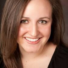 Henkilön Erin McKenna käyttäjäprofiili