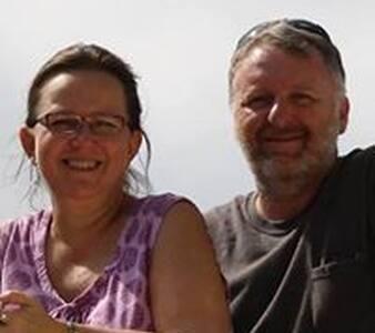 Jodi & Mark