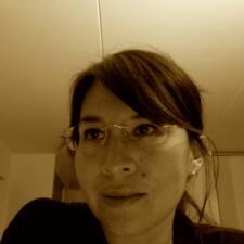 โพรไฟล์ผู้ใช้ Claudia