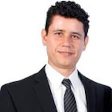 โพรไฟล์ผู้ใช้ Cesar Augusto