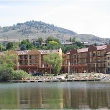Village On The Lake คือเจ้าของที่พัก