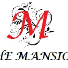 The Mansion est l'hôte.